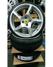 Roda Ferrari aro 17 c/pneu